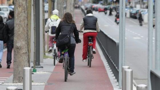 Bari 25 Euro Al Mese Per Chi Va A Lavoro In Bici è Il