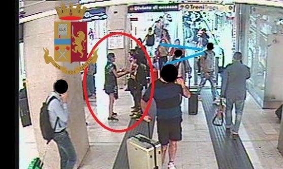 Milano, ladre tentano furto in stazione centrale: arrestate in flagranza