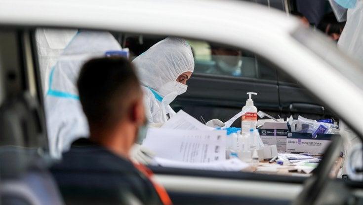 Coronavirus, in Sicilia 8.572 tamponi e 1.435 nuovi contagi: tasso a 16,7.  I morti sono 36 - la Repubblica