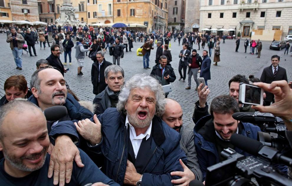 Beppe Grillo a Roma per criticare la nuova legge elettorale