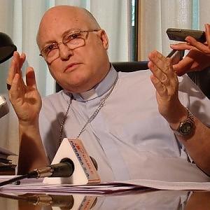 Pedofilia, Papa rimuove prete in Paraguay accusato di aver coperto abusi sessuali
