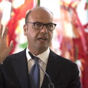 """Consip, Gentiloni: """"Inaccettabili comportamenti che screditano istituzioni"""""""