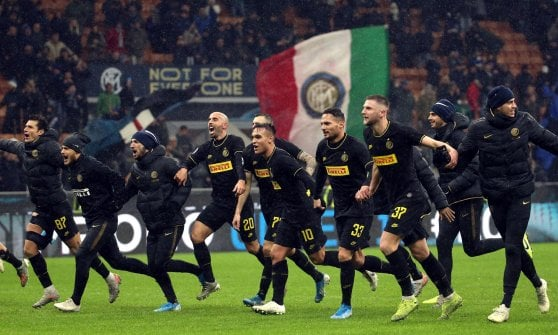 Inter-Spal 2-1, Lautaro Martinez signs victory and overtaking on top of Juve