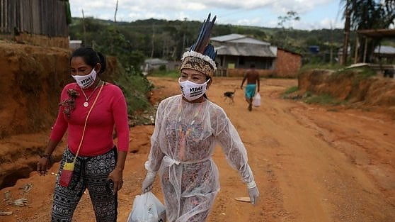 Vanda, the indigenous nurse who tries to save the Amazon tribes from the coronavirus