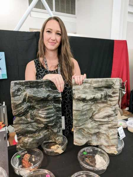 Gargoyle Queen Reptiles, gecko terrarium backgrounds - Fall 2017 Wasatch Reptile Expo top 10