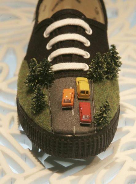 Scarpe da follia in mostra a Barcellona