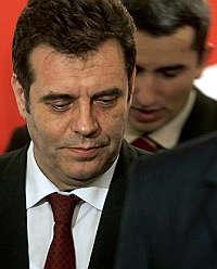 <B>Serbia, nazionalisti primo partito<br>ma il nuovo governo resta un rebus</B>