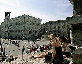 <B>Perugia, il potere soft<br>tra Medioevo e futuro</B>