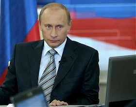 <B>Putin progetta nuove armi nucleari<br>
