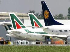 Alitalia, comincia la Fase 2 Mancano licenze e l'ok della Ue