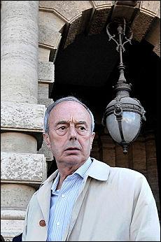 """Eluana, polemiche dopo la sentenza """"Fatta la sua volontà"""". """"No, omicidio di Stato"""""""