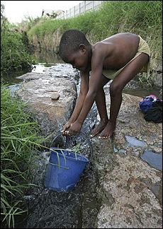 https://i2.wp.com/www.repubblica.it/2008/12/sezioni/esteri/zimbabwe/zimbabwe-colera/ap_14528512_34080.jpg