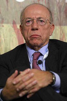 Hdc, Confalonieri a giudizio favoreggiamento nella bancarotta