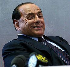 """""""Berlusconi offende le donne lo denunciamo alla Corte europea"""""""