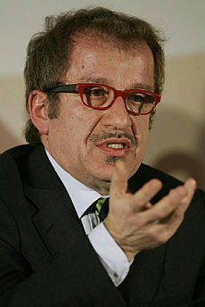 """Scintille tra Famiglia Cristiana e Maroni """"Leggi razziali"""". """"Falso, vi denuncio"""""""