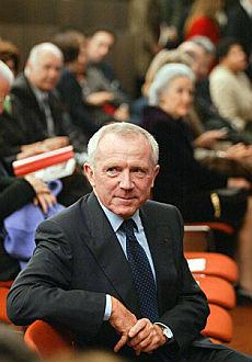 Francia, caccia ai manager Assediato il milardario Pinault