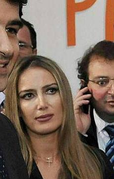 """Quell'invito del premier a Patrizia """"Vai ad aspettarmi nel letto grande"""""""