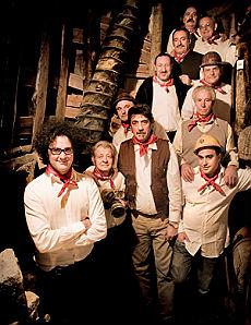 Cristicchi porta in scena i minatori Canti e storie di mondi scomparsi