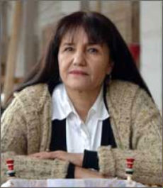 La fotografa ricercata come una terrorista i suoi scatti spaventano il regime uzbeko