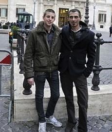 """Francesco, digiuno a oltranza in tv """"Vogliamo la  legge sulle unioni gay"""""""