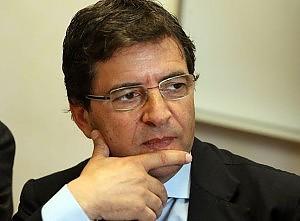 Cosentino si dimette da sottosegretario Anm: i magistrati coinvolti vadano via