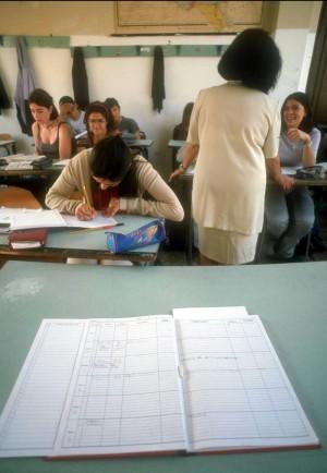 Problemi per l'inizio delle lezioni migliaia di cattedre saranno vacanti