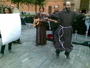I francescani tornano nelle strade un Festival tra gioia e religione