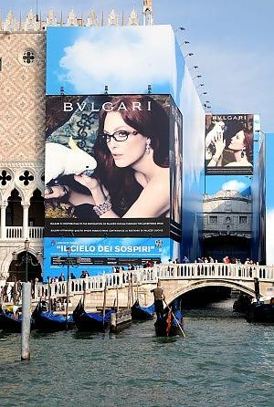 """Centri storici soffocati dal cattivo gusto L'archistar Foster: """"Italia, cambia la legge"""""""