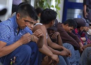 Commando irrompe nella festa uccisi 15 giovani in Messico