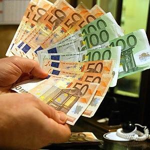 """Bankitalia: """"Il 45% della ricchezza in mano al 10% delle famiglie"""""""