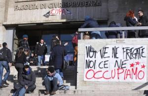 Riforma, assembee e cortei in tutta Italia Denunciate 60 persone per scontri a Roma