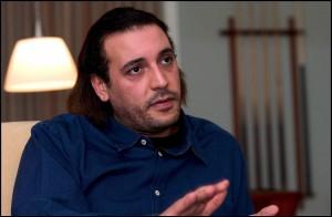 I lealisti resistono, insorti respinti a Sirte Smentita la cattura del figlio di Gheddafi