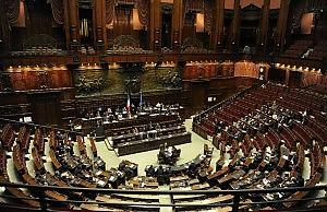 No dei deputati ai tagli dello stipendio Camera verso emendamento alla manovra