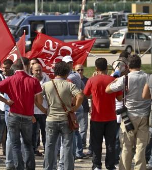 """Fiat, anche gli altri sindacati contro i licenziamenti Camusso: """"L'azienda è il peggior ambasciatore"""""""