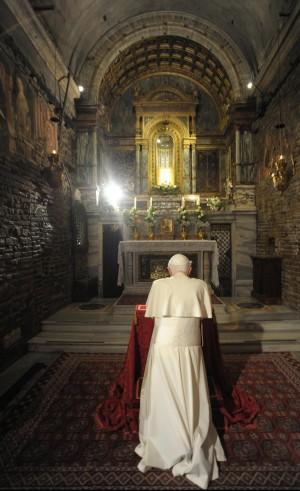 Sesso e carriera, i ricatti in Vaticano dietro la rinuncia di Benedetto XVI