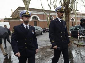 """I due marò torneranno in India. Governo italiano: """"Non ci sarà pena di morte"""""""