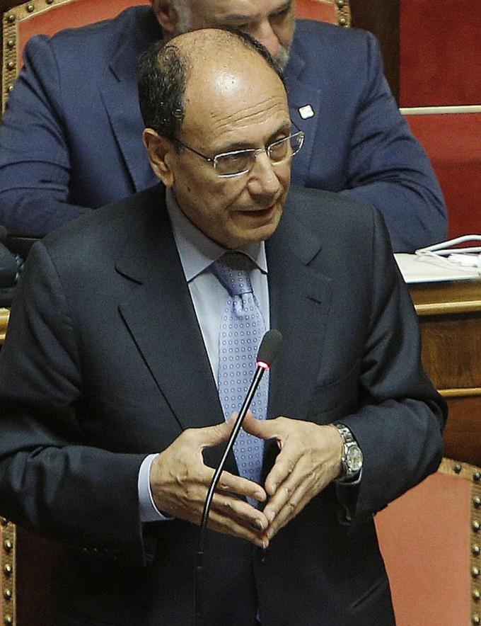"""Pdl e governo, Schifani avverte:  """"Se condannano Silvio, difficile restare"""""""