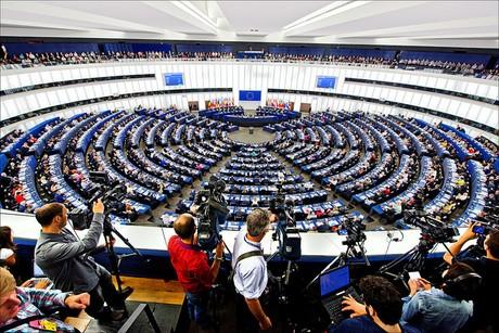 Risultati immagini per Stage al Parlamento Europeo
