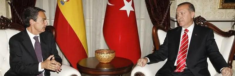 Zapatero y Erdogan debaten en Ankara los conflictos árabes y la crisis económica