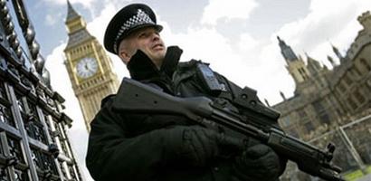 Engleska-policajac-1