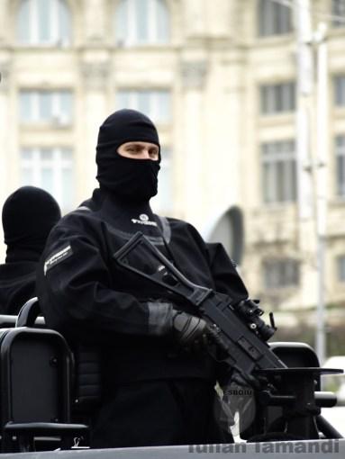 Scafandru militar, 1 Decembrie 2014