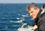 Mircea Dușa la bordul fregatei F-222 Regina Maria