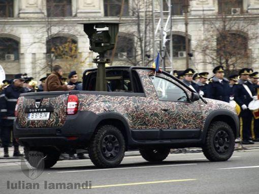 Duster Army, una dintre cele doua variante, la Parade de 1 Decembrie 2014