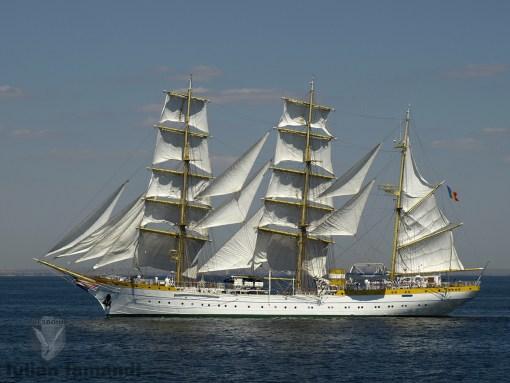 Nava Scoala Mircea