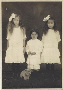 Who are these three Portuguese Hawaiian children?