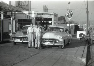 signal gas station oakland 1950s