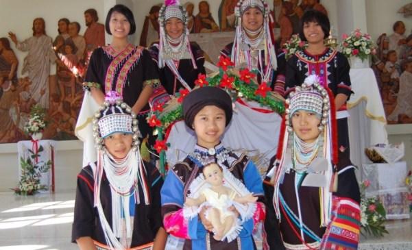Santo Natale con giovani thailandesi