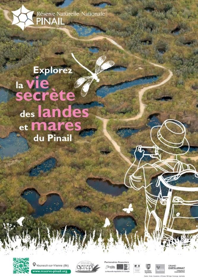 """Affiche """"sentier de découverte interactif du Pinail"""" (infographie Vibrato - photo Jean-Guy Couteau)"""