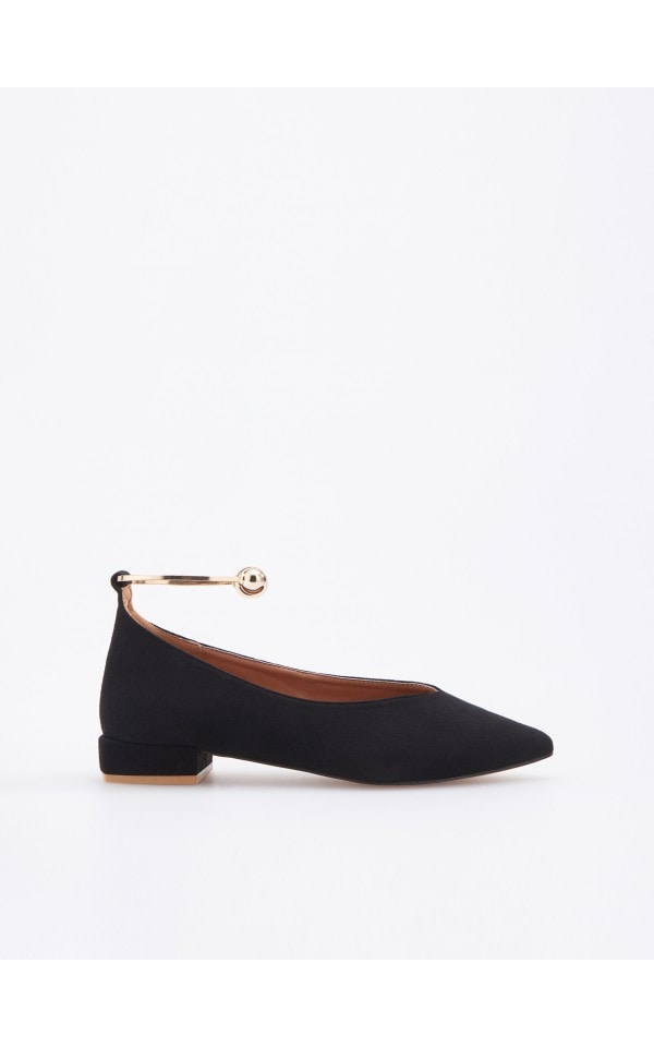Ballerinas with metal ankle detail