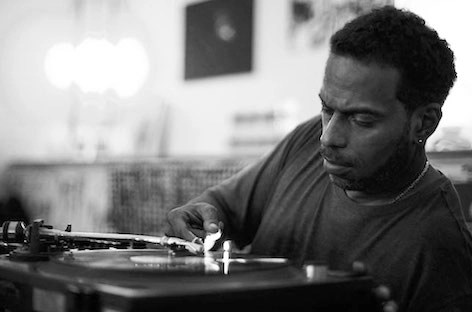 Theo Parrish - Heal Yourself and Move (Original Mix) [DEEP HO-- USE]